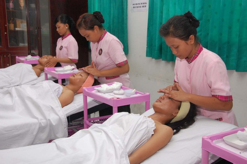 Spa dan Beauty Therapy
